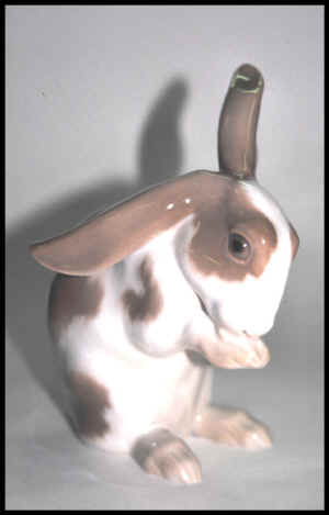 1832 Rabbit.jpg (81120 byte)