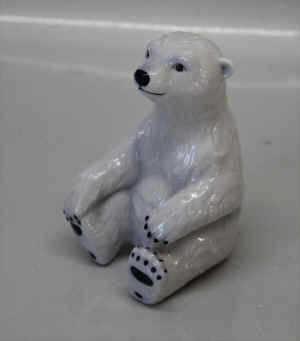 RC0323PolarBearb.jpg (137310 byte)