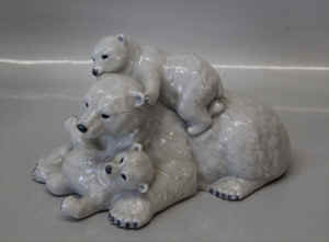 RC0354PolarBear1b.jpg (94000 byte)