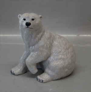 RC0355PolarBear1.jpg (109631 byte)
